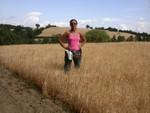 Nel grano al lago di Bolsena